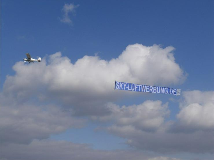 Luftwerbung - Bannerschlepp mit Flugzeugbanner! - Print & Werbung - Bild 1