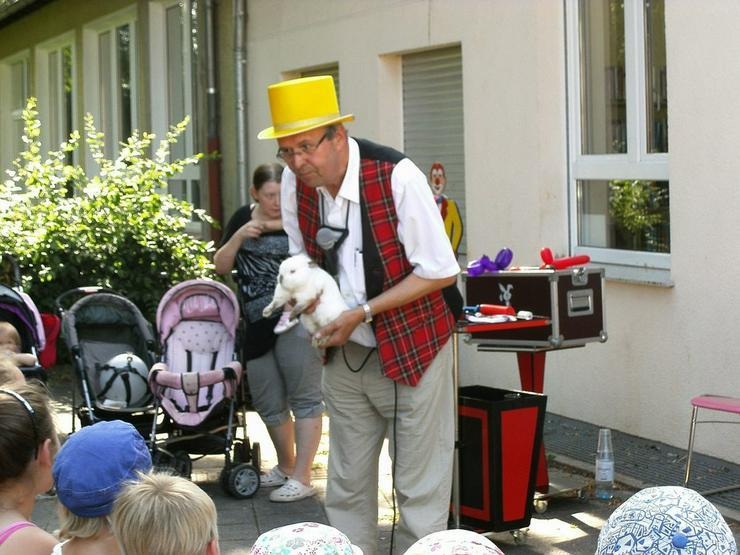 Bild 2: Zauberer Piadino in Moers, Rheinberg