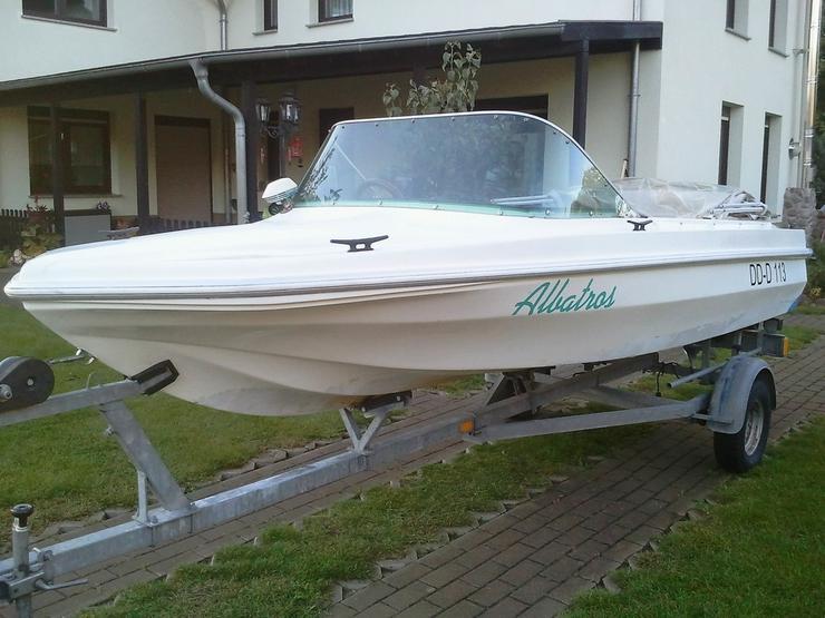 Suche Motorboot Kajütboot Ruderboot Segelboot