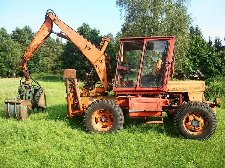 Suche Radlader Stapler Traktor mit Ladearm