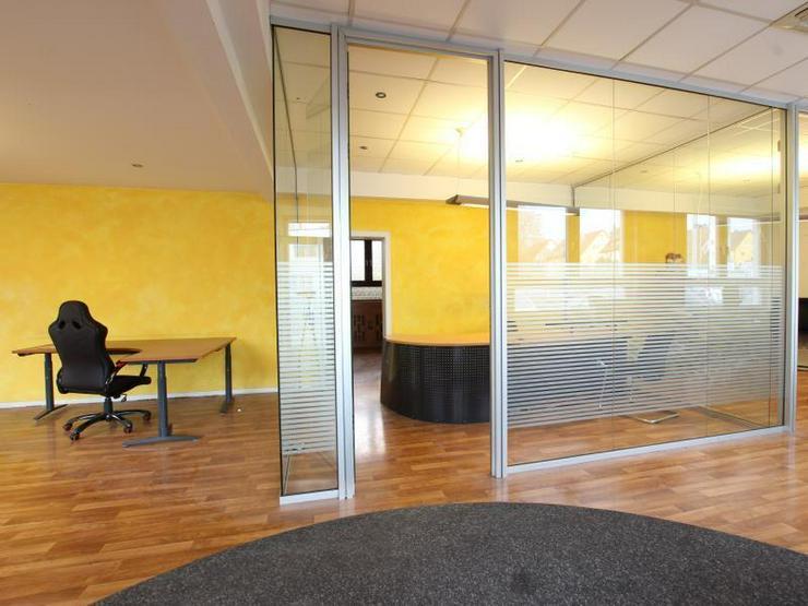 Bild 5: Büro/Laden - ideal für Fahrschule oder Autovermietung.