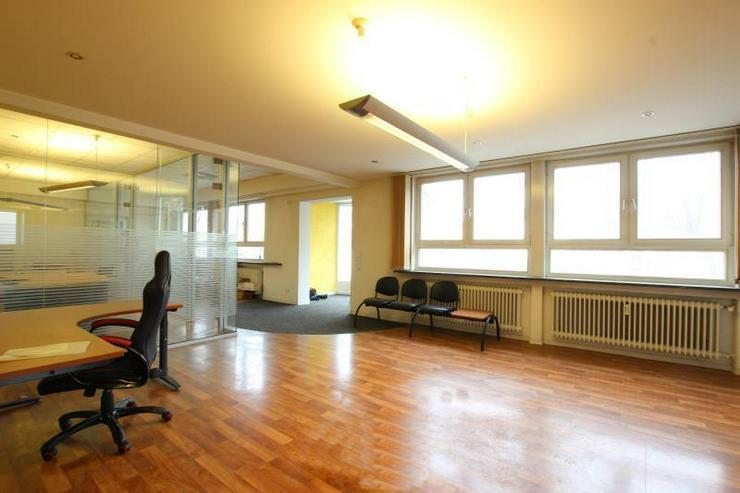 Bild 4: Büro/Laden - ideal für Fahrschule oder Autovermietung.