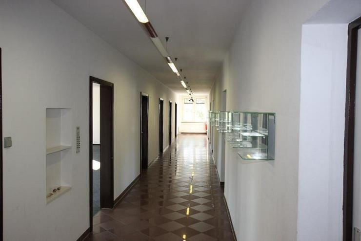Bild 4: Provisionsfrei: Repräsentative, helle Büroflächen mit zahlreichen Stellplätzen - nahe ...