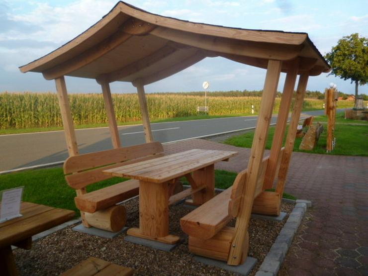 Bild 4: Sitzbank.Gartenbank mit Dach. Dach.Holz.