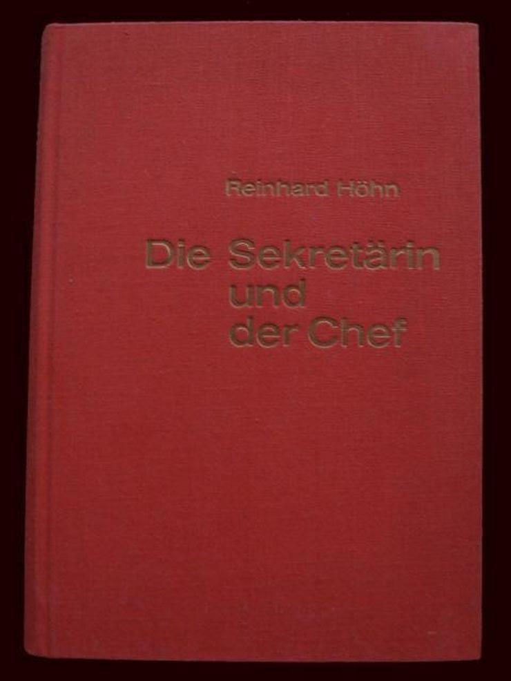 Dr. Höhn - Die Sekretärin und der Chef - Finanzen, Wirtschaft & Recht - Bild 1