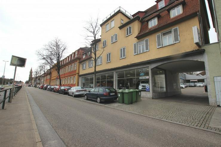 KfZ-Werkstatt + Showroom + 40 Stellplätze - im Herzen von Ludwigsburg - Gewerbeimmobilie mieten - Bild 1