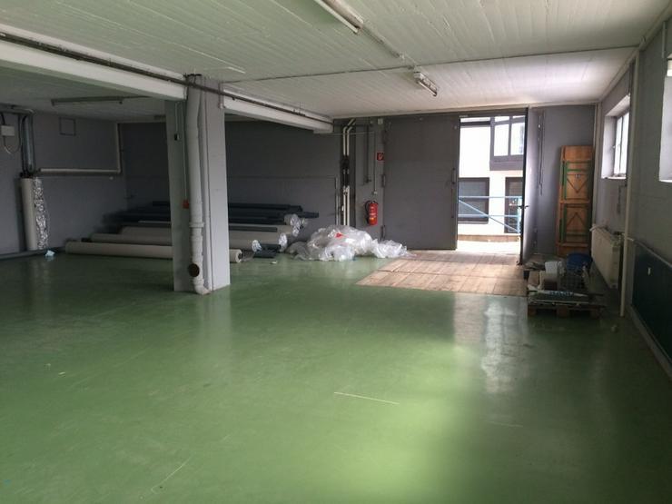 Bild 4: Lagerfläche ca. 226 m² - Deckenhöhe ca. 3m, Lastenaufzug oder ebenerdig, Starkstrom, tr...