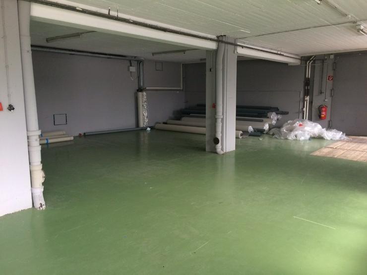 Bild 5: Lagerfläche ca. 226 m² - Deckenhöhe ca. 3m, Lastenaufzug oder ebenerdig, Starkstrom, tr...
