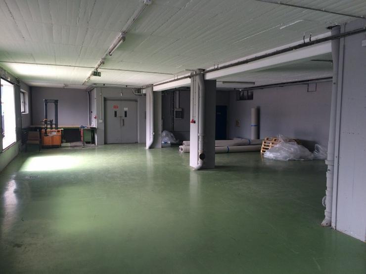 Bild 2: Lagerfläche ca. 226 m² - Deckenhöhe ca. 3m, Lastenaufzug oder ebenerdig, Starkstrom, tr...
