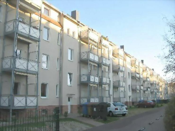 KAPITALANLAGE - In Delitzsch wird ein schmucke 3 Zimmerwohnung mit Balkon in ruhiger Lage ... - Bild 1