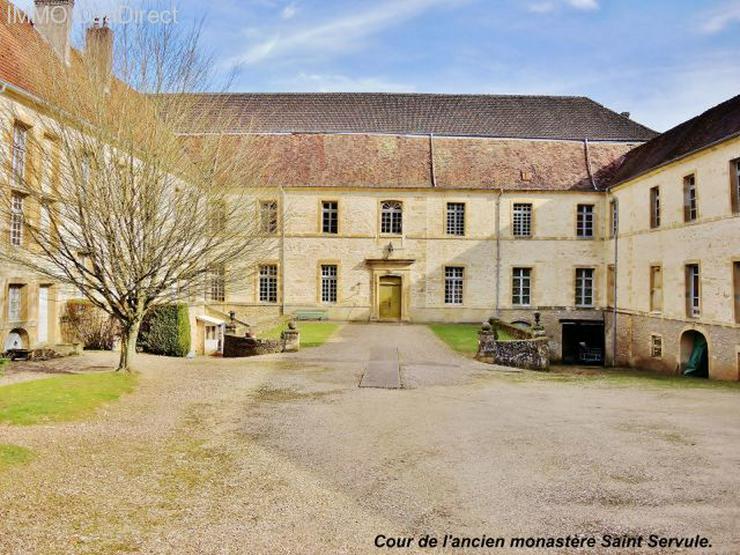 Bild 4: Ehemaliges Kloster in den Vogesen, 130 Km von Basel