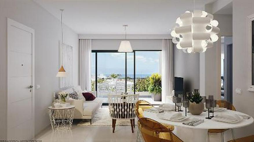 Bild 4: Moderne Penthouse-Wohnungen mit Gemeinschaftspool in Strandnähe