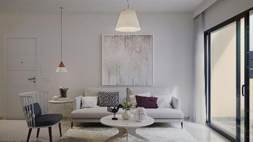 Bild 3: Moderne Obergeschoss-Wohnungen mit Gemeinschaftspool in Strandnähe