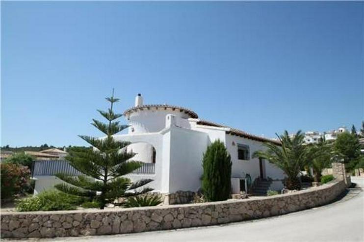 Attraktive und gepflegte Villa in sonniger Lage am Monte Pego - Haus kaufen - Bild 1