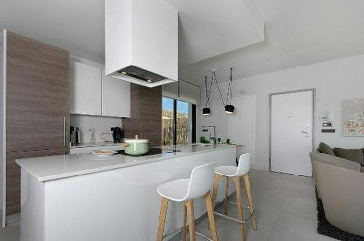 Moderne 4-Zimmer-Villen mit Gemeinschaftspool in wunderschöner Golfanlage - Haus kaufen - Bild 6