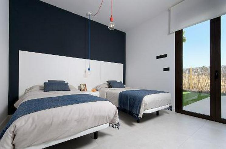 Bild 7: Moderne 4-Zimmer-Villen mit Gemeinschaftspool in wunderschöner Golfanlage