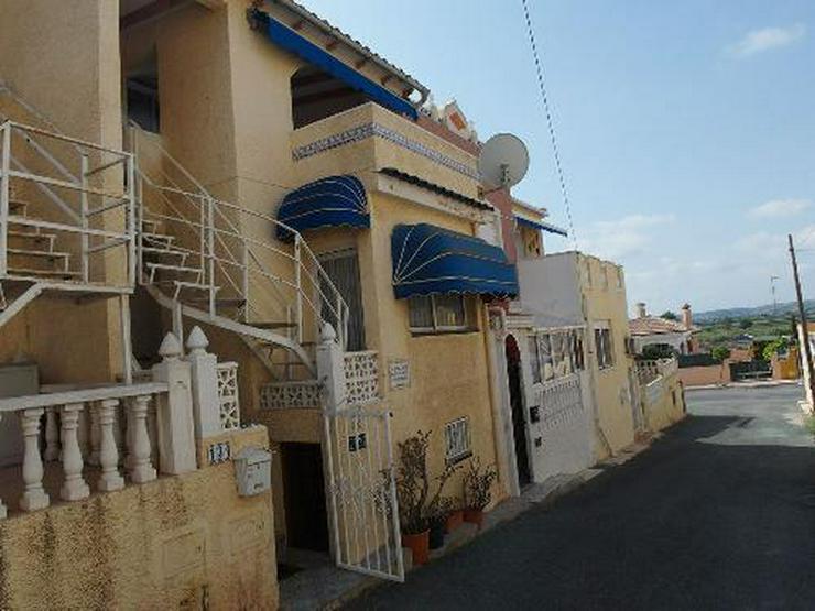 Reihenhaus mit Keller und großer Terrasse - Haus kaufen - Bild 1
