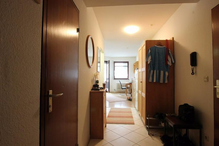 Bild 4: Ideal für Singles und Kapitalanleger - Zentrale Wohnung mit Balkon und TG-Stellplatz