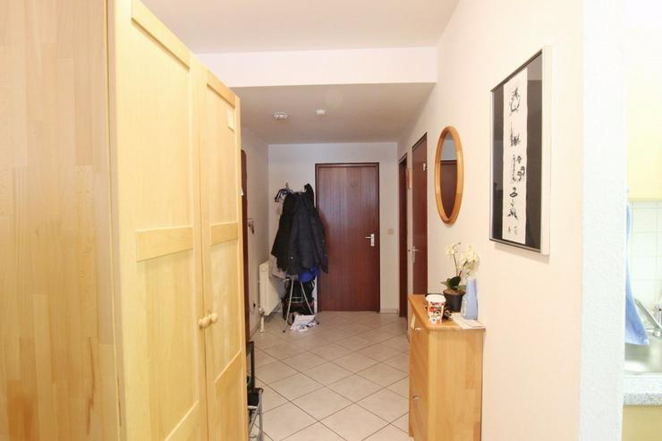 Bild 5: Ideal für Singles und Kapitalanleger - Zentrale Wohnung mit Balkon und TG-Stellplatz