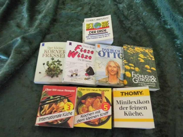 6 Minibücher unterschiedlicher Kategorien / Bü