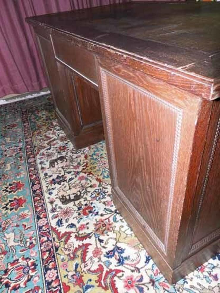 Bild 2: Antiker Schreibtisch / teilmassiv Eichenfurnie