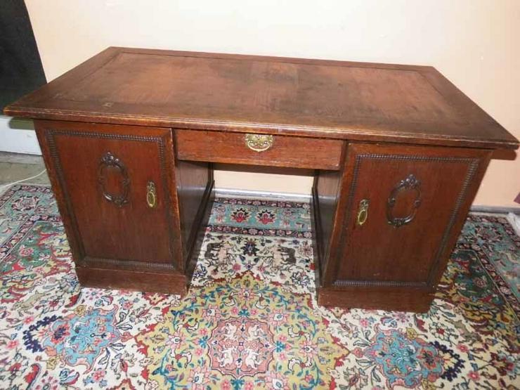 Bild 5: Antiker Schreibtisch / teilmassiv Eichenfurnie