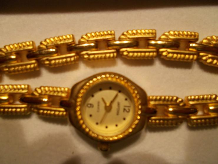 Bild 2: Uhr und passendes Armband