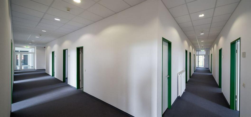 Bild 4: MAßGESCHNEIDERTE BÜROFLÄCHE IM MIT TEEKÜCHE & MODERNEN SANITÄRANLAGEN AB 4,95 EUR/m²