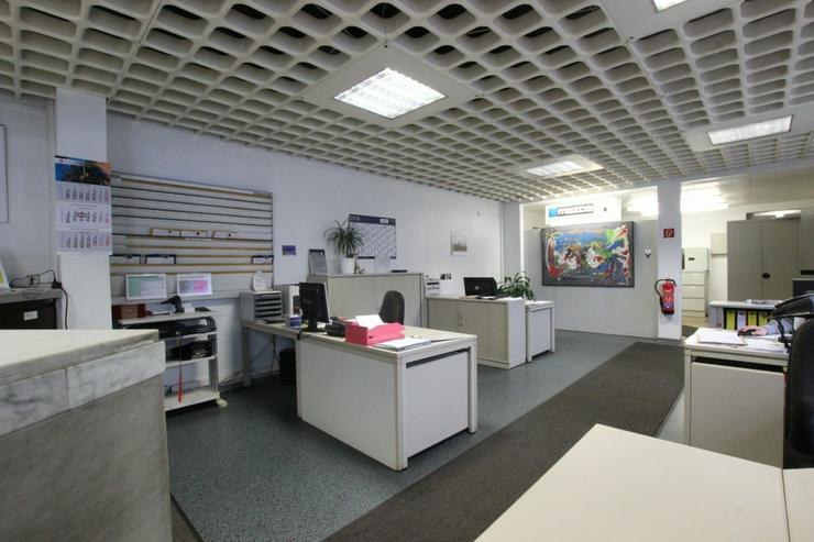 Bild 7: KfZ-Werkstatt mit Verkaufsplatz im Herzen von Ludwigsburg