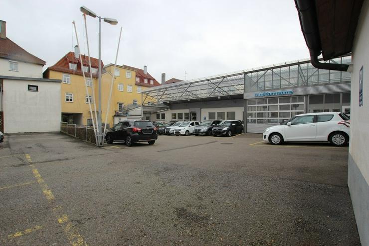 Bild 4: KfZ-Werkstatt mit Verkaufsplatz im Herzen von Ludwigsburg
