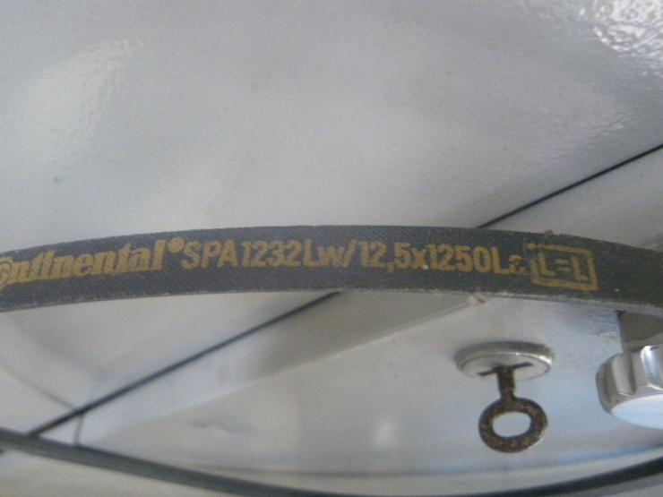 Bild 3: CONTINENTAL Schmalkeilriemen SPA 1232