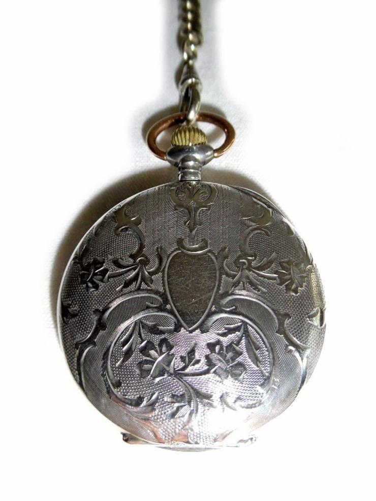 Bild 3: Silberne Taschenuhr von Chateleu mit Kette