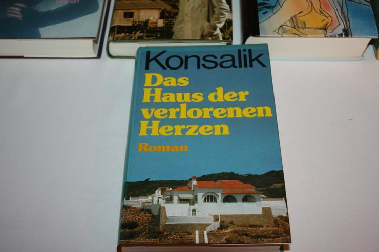 Bild 6: Bücher von Konsalik