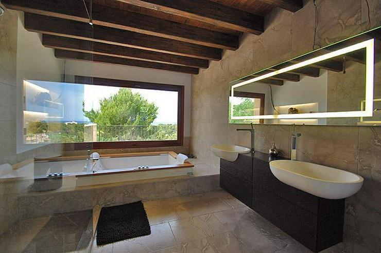 Bild 6: MALLORCA Villa in Costa de la Calma mit Weitblick bis zum Meer.