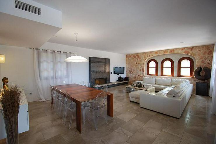 Bild 3: MALLORCA Villa in Costa de la Calma mit Weitblick bis zum Meer.