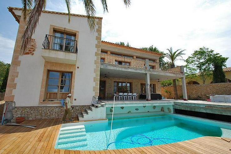 Bild 2: MALLORCA Villa in Costa de la Calma mit Weitblick bis zum Meer.