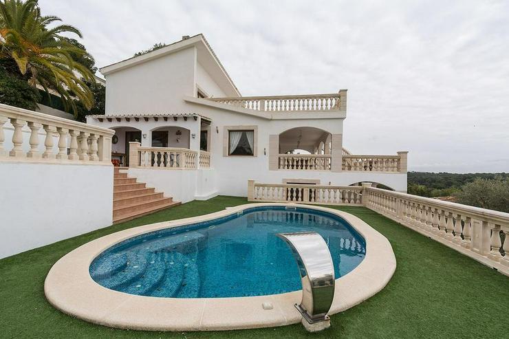 Herrliche Villa mit Panorama Meerblick