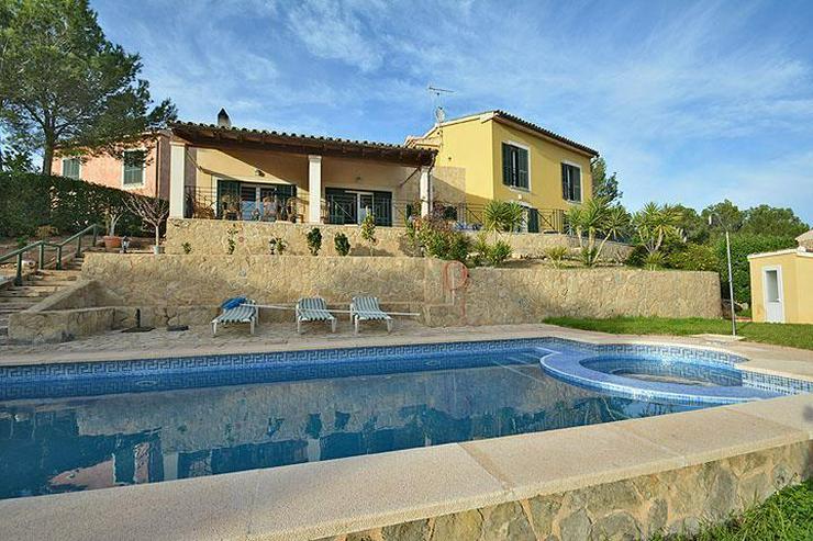 Mallorca, Charmante Villa in bester Bauqualität mit Pool und Weitblick - Haus kaufen - Bild 1