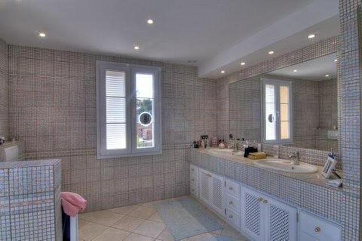 Bild 10: Sehr elegante Villa in einer exklusiven Wohngegend mit Meerblick