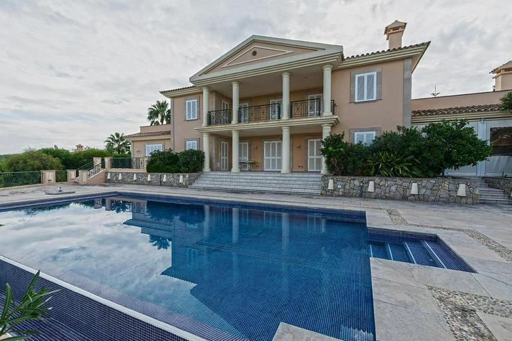 Bild 3: Sehr elegante Villa in einer exklusiven Wohngegend mit Meerblick