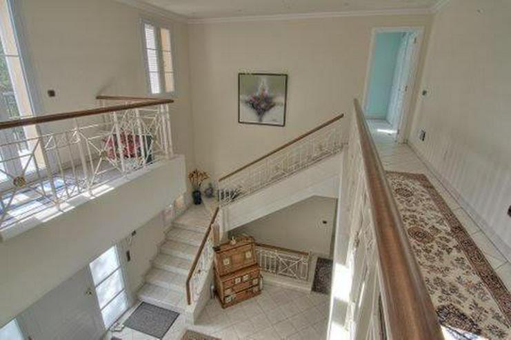Bild 12: Sehr elegante Villa in einer exklusiven Wohngegend mit Meerblick