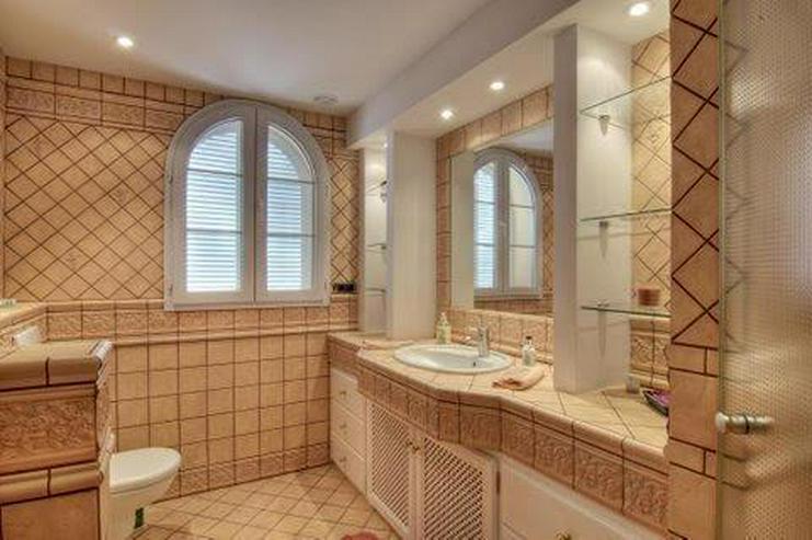 Bild 8: Sehr elegante Villa in einer exklusiven Wohngegend mit Meerblick