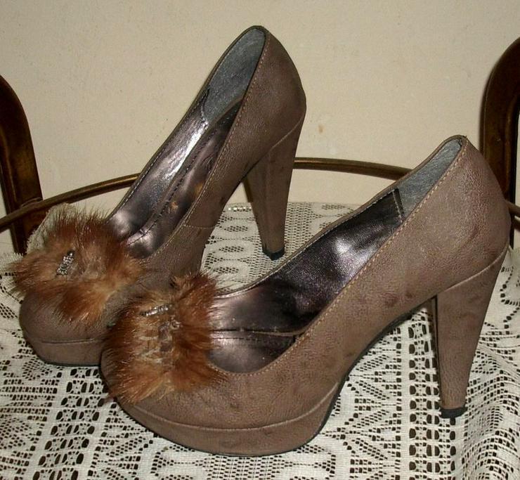 Bild 2: High Heels
