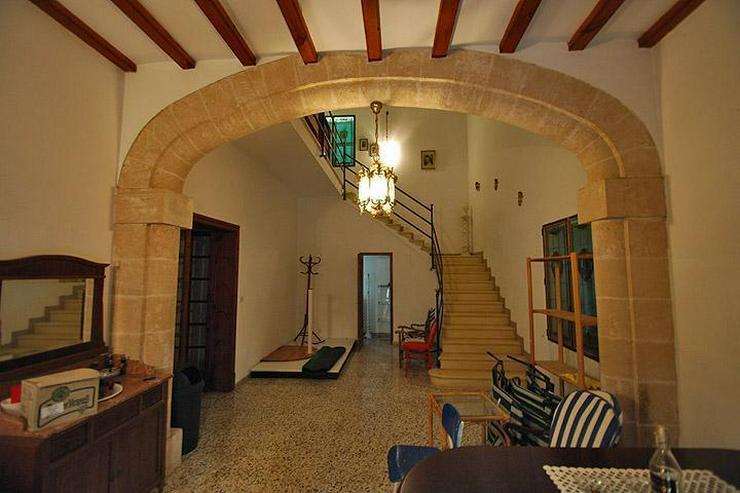 Freistehendes Haus im mallorquinischen Stil mit Garten mitten in Paguera - Haus kaufen - Bild 3