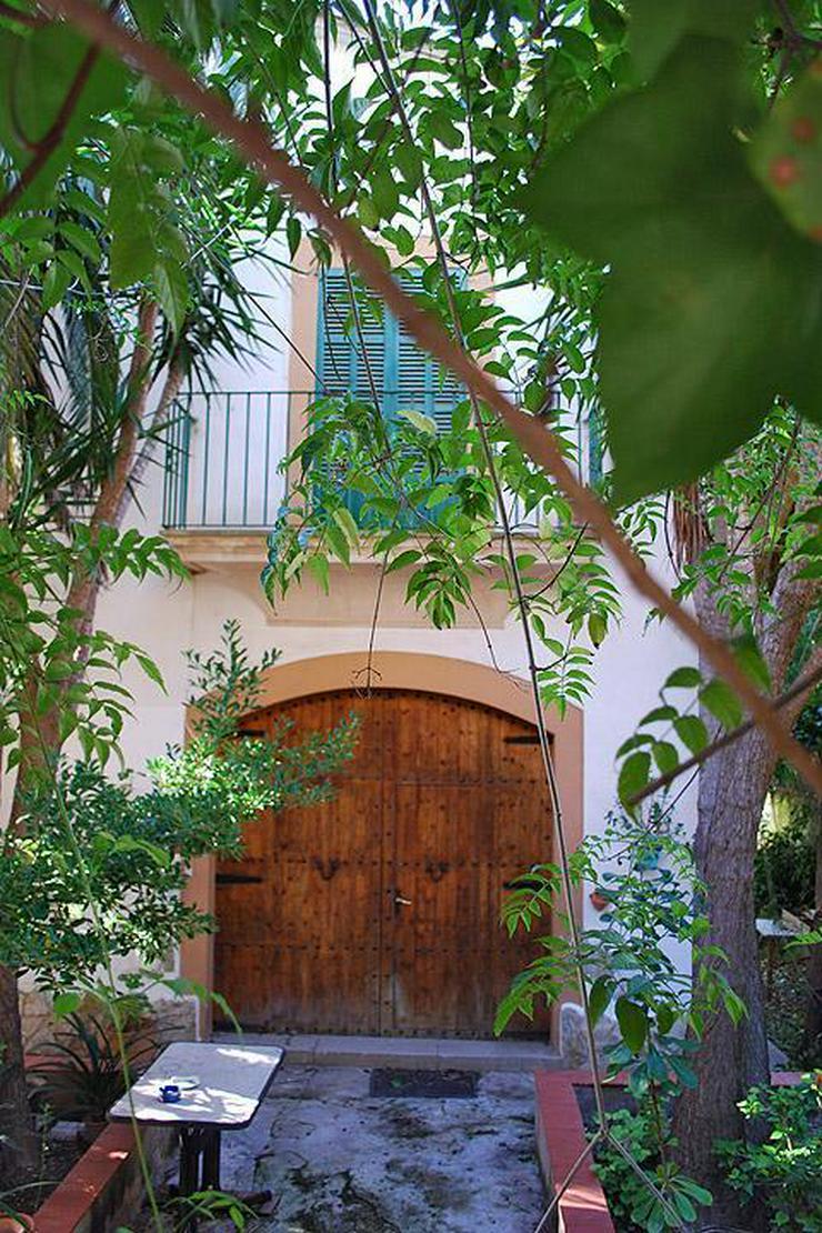 Bild 6: Freistehendes Haus im mallorquinischen Stil mit Garten mitten in Paguera