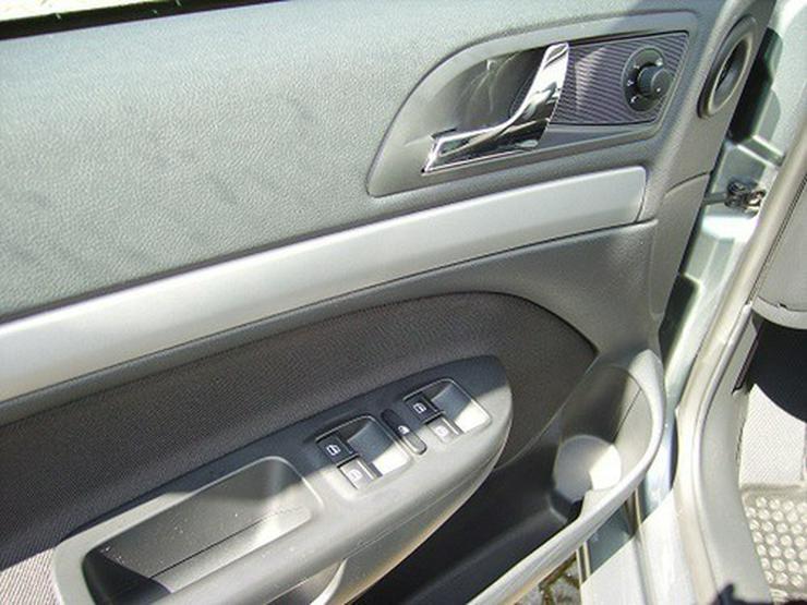 Bild 9: Skoda Octavia Combi TDI Xenon, Tempomat