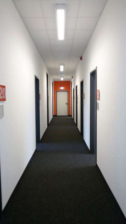 Bild 4: NEU AUSGEBAUTEN BÜROS MIT BUSINESS SERVICES ZUM KOMPLETTPREIS