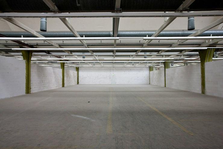Bild 2: LAGERFLÄCHE MIT RAMPE IM ERDGESCHOSS + HEIZUNG & BELEUCHTUNG AB 4,20 EUR/m²