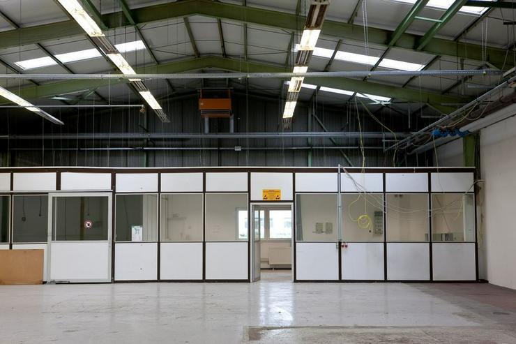 Bild 6: ZWEI VERBUNDENE PRODUKTIONS- UND LAGERFLÄCHEN MIT 1500 m² AB 2,99 EUR/m²