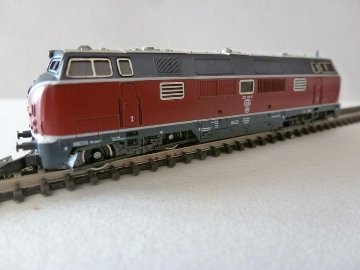 mini-club Spur Z Diesellokomotive BR 221